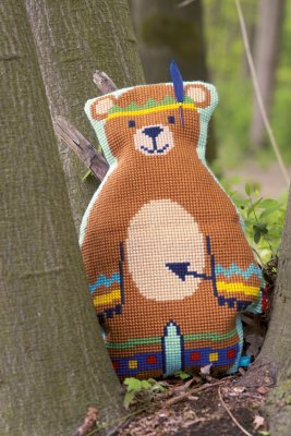 Vervaco Kits PNV154542 Indian Bear With Feather Cushion