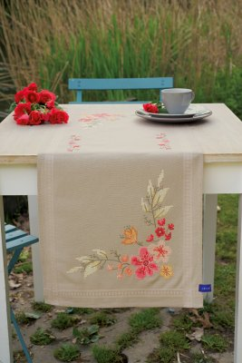 Vervaco Kits PNV155171 Pink Flowers Table Runner