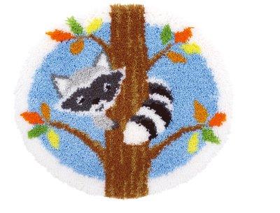 Vervaco Kits PNV155993 Raccoon in Tree Latch Hook Rug