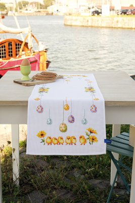 Vervaco Kits PNV156320 Chick and Eggs Table Runner