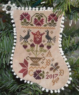 Abby Rose Designs Tulip Basket Ornaments