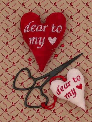 Acorn House Designs Closeout Dear To My Heart Scissors Fob & Pin Cushion