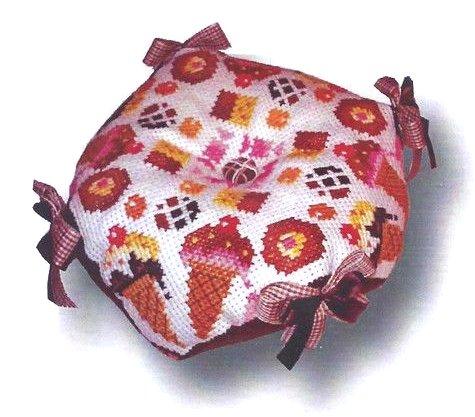 Barbara Ana Designs Sweet Biscornu