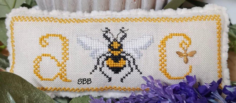 The Blackberry Rabbit A Bee C