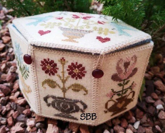 The Blackberry Rabbit Garden Box