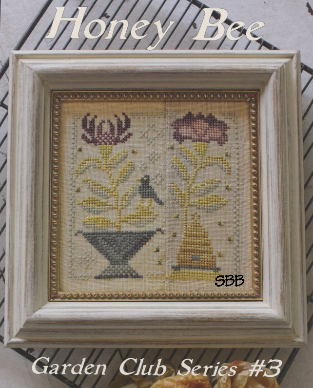 Blackbird Designs Garden Club Series #3 ~ Honey Bee
