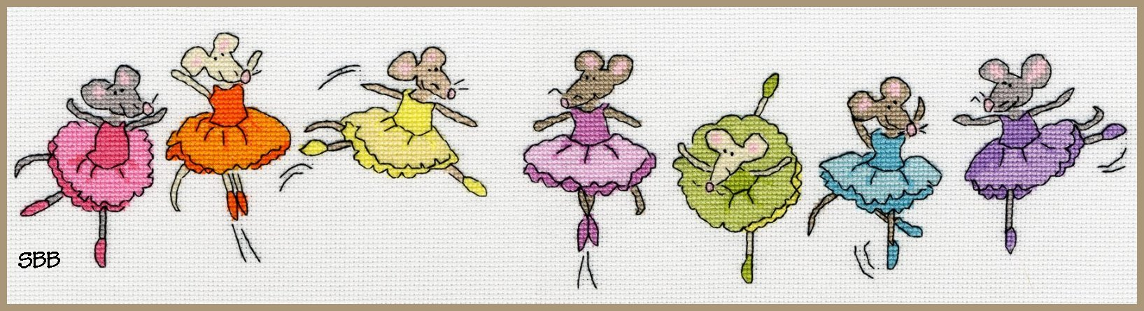 Bothy Threads Kits BTXRO6 Row Of Sugar Plum Mice ~ June Armstrong ~ 16ct Aida
