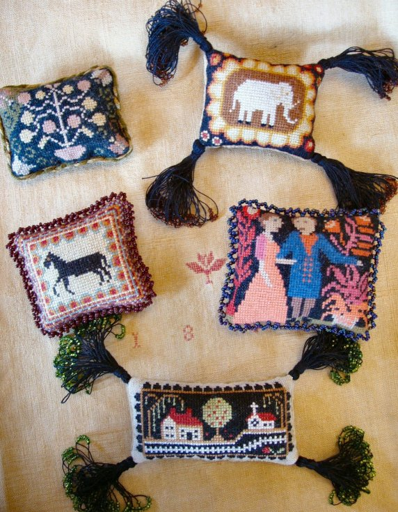 Carriage House Samplings Folk Art Pincushions