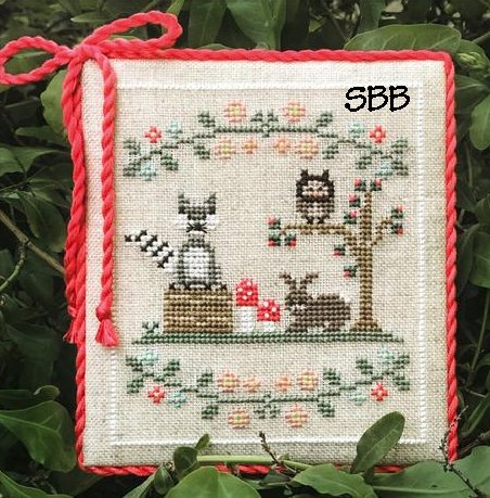 Country Cottage Needleworks Welcome To The Forest 3 ~ Forest Raccoon & Friends