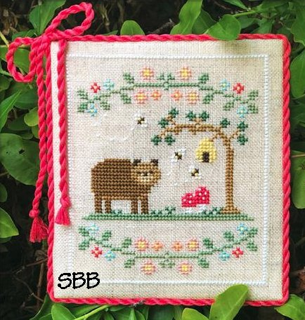 Country Cottage Needleworks Welcome To The Forest 7 ~ Forest Bear