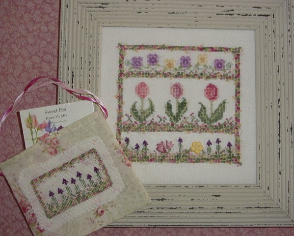 Country Garden Stitchery May Flowers & Friendship Purse