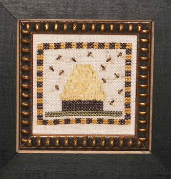 Dames Of The Needle Beehive With Trim