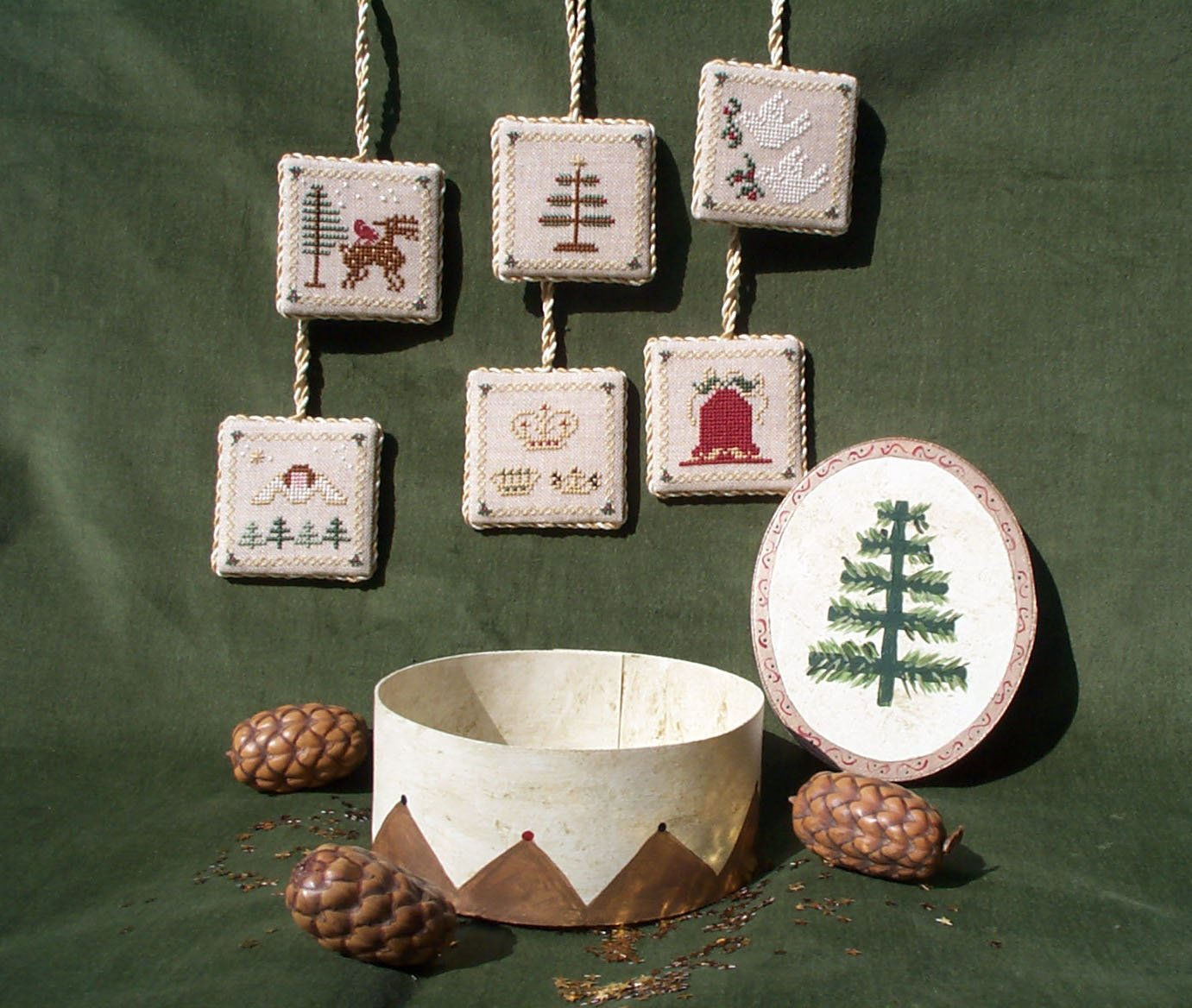 Dames of the Needle Christmas Treasures Ornaments