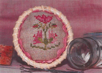 Dames Of The Needle Flower Pincushion Topper With Rick Rack
