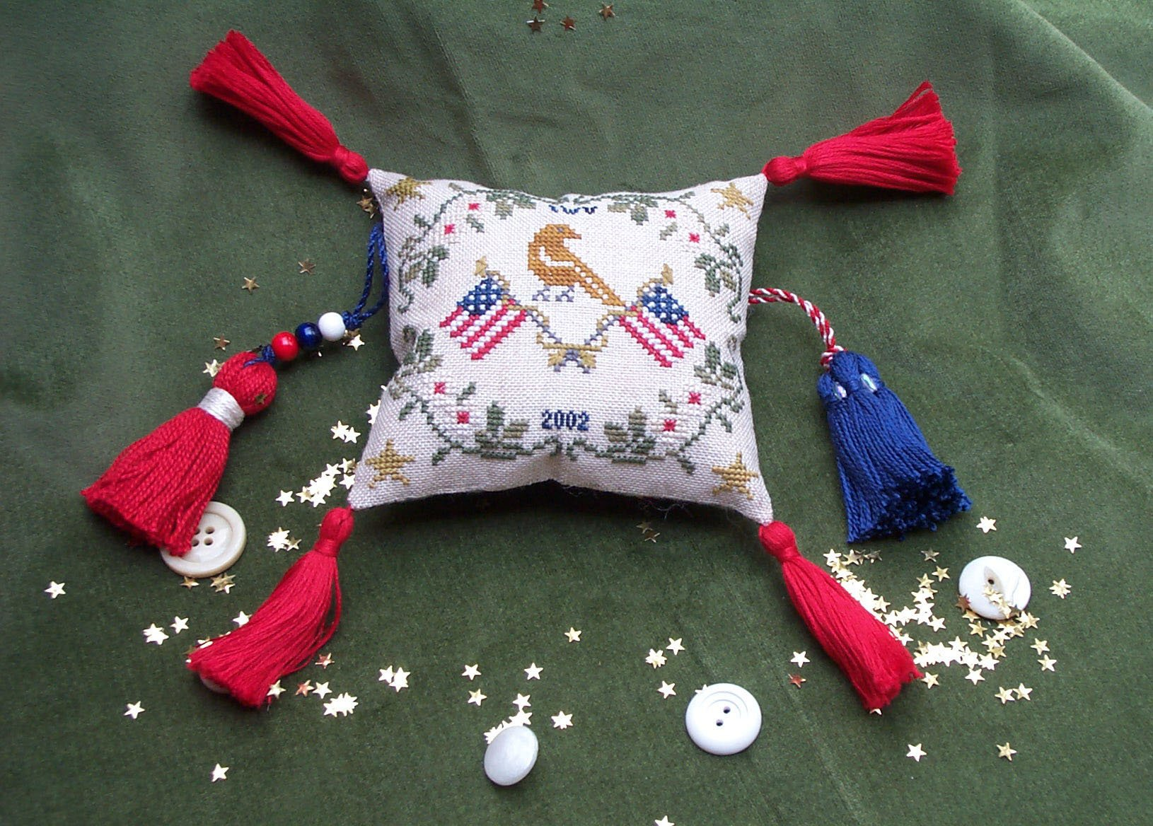 Dames of the Needle Patriot's Pynpillow