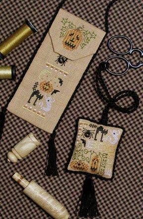 The Drawn ThreadDR122 Boo Scissors Keeper & Scissors Purse
