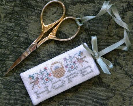 The Drawn ThreadDR164 Hope Scissors Tag