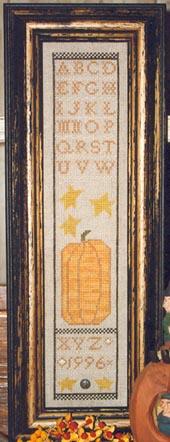 Ewe & Eye & Friends Primitive Pumpkin