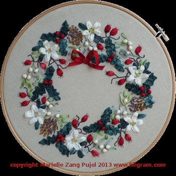 Clearance Filigram A72 Ribbon's Christmas Wreath