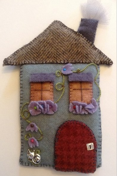 Fern Ridge Collections Very Very Fine House Needle Case