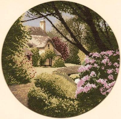 Heritage Crafts HC0287 John Clayton ~ Circles ~ Secret Garden