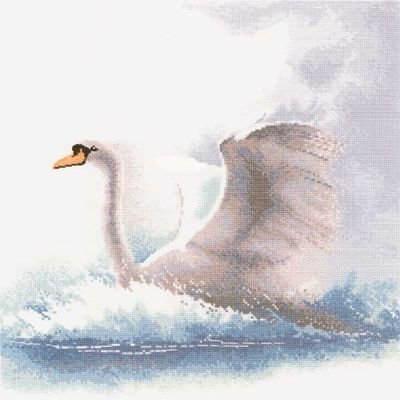 Heritage Crafts HC0484 John Clayton ~ Flights of Fancy ~ Swan In Flight