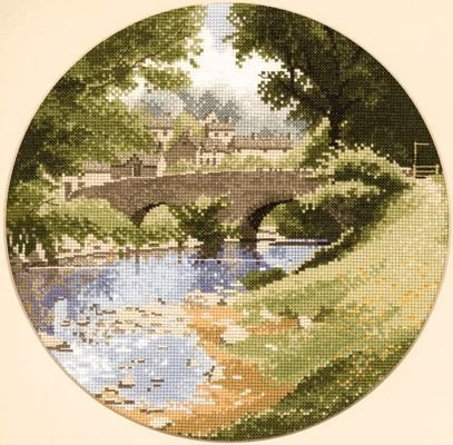Heritage Crafts Kits HCK0310 John Clayton ~ Circles ~ Riverside