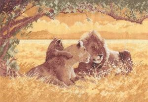 Heritage Crafts Kits HCK0618 John Clayton ~ Power & Grace ~ Lions