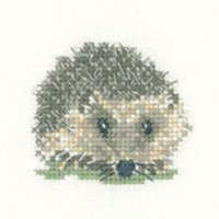 Heritage Crafts Kits HCK1136A Valerie Pfeiffer ~ Little Friends ~ Hedgehog ~ 14 Count Aida