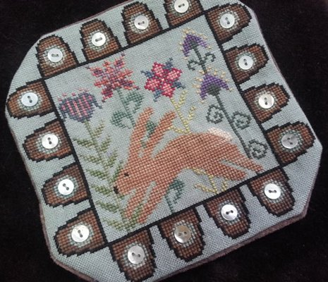 Island Cottage Needle Arts Hare A Leapin Candle Mat