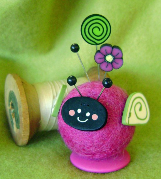 JABCo Clearance Button Buddies Lola Lovebug