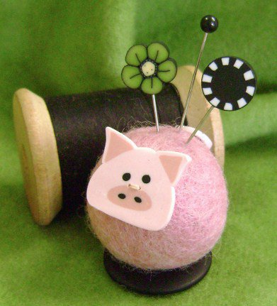 JABCo Clearance Button Buddies Polly Pig