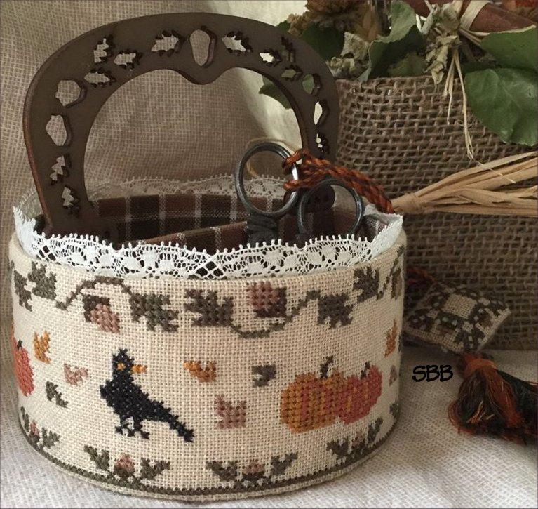 Mani di Donna Autumn Sewing Basket
