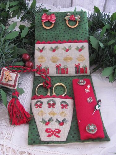 Mani Di Donna Christmas Midnight Sewing Set With Wooden Rings & Buttons