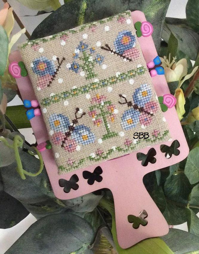 Mani di Donna Hornbook Series #2 ~ Butterflies With Wooden Hornbook