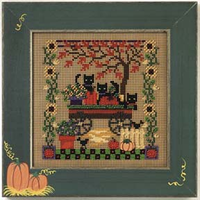 Mill Hill Buttons & Bead Kits MHCB237 Autumn Series 2005 ~ Scaredy Cats