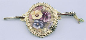 Mill Hill Jewelry Kits MH506501 Beaded Bella Brooch 2006 ~ Pansy