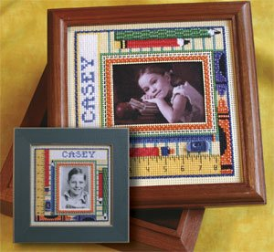 Mill Hill Monthly/Bi-Monthly Kits MH269005 Picture This Series 2009 ~ School Days Frame