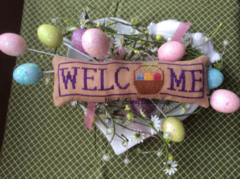 Needle Bling Designs Wee Welcome ~ April Easter Basket