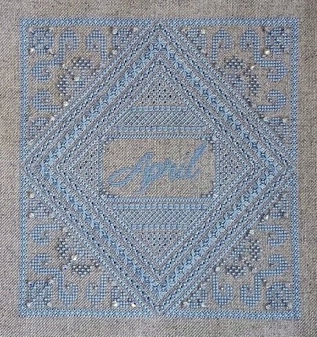 Northern Expressions Needlework April - Diamond