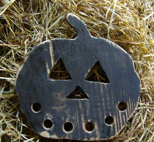The Primitive Hare Thread Keepers Prim Pumpkin