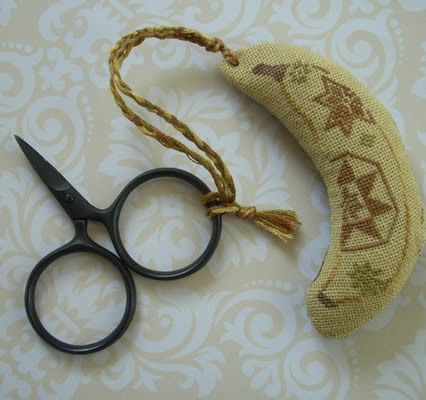 The Primitive Jewel Closeout Quaker Banana Fob