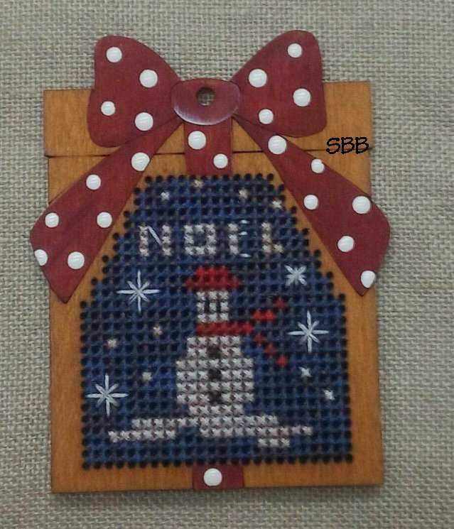 Romys Creations Designs Stitch In Wood ~ Present