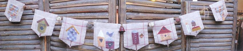 Thistles Birdhouse Garland